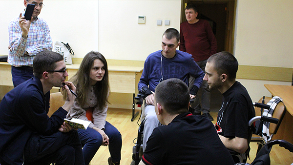 Participants interview patients