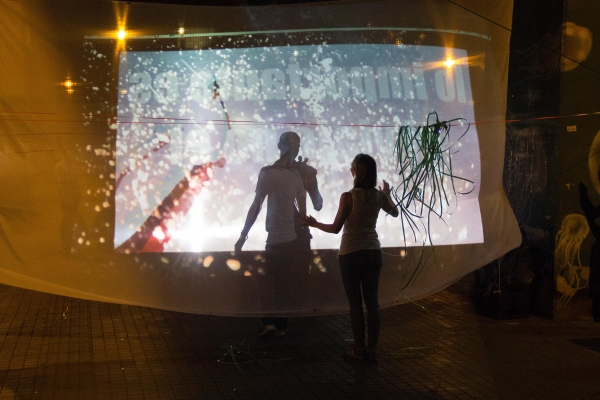 Live multimedia performance. Photo by John Bedoya Castaño.